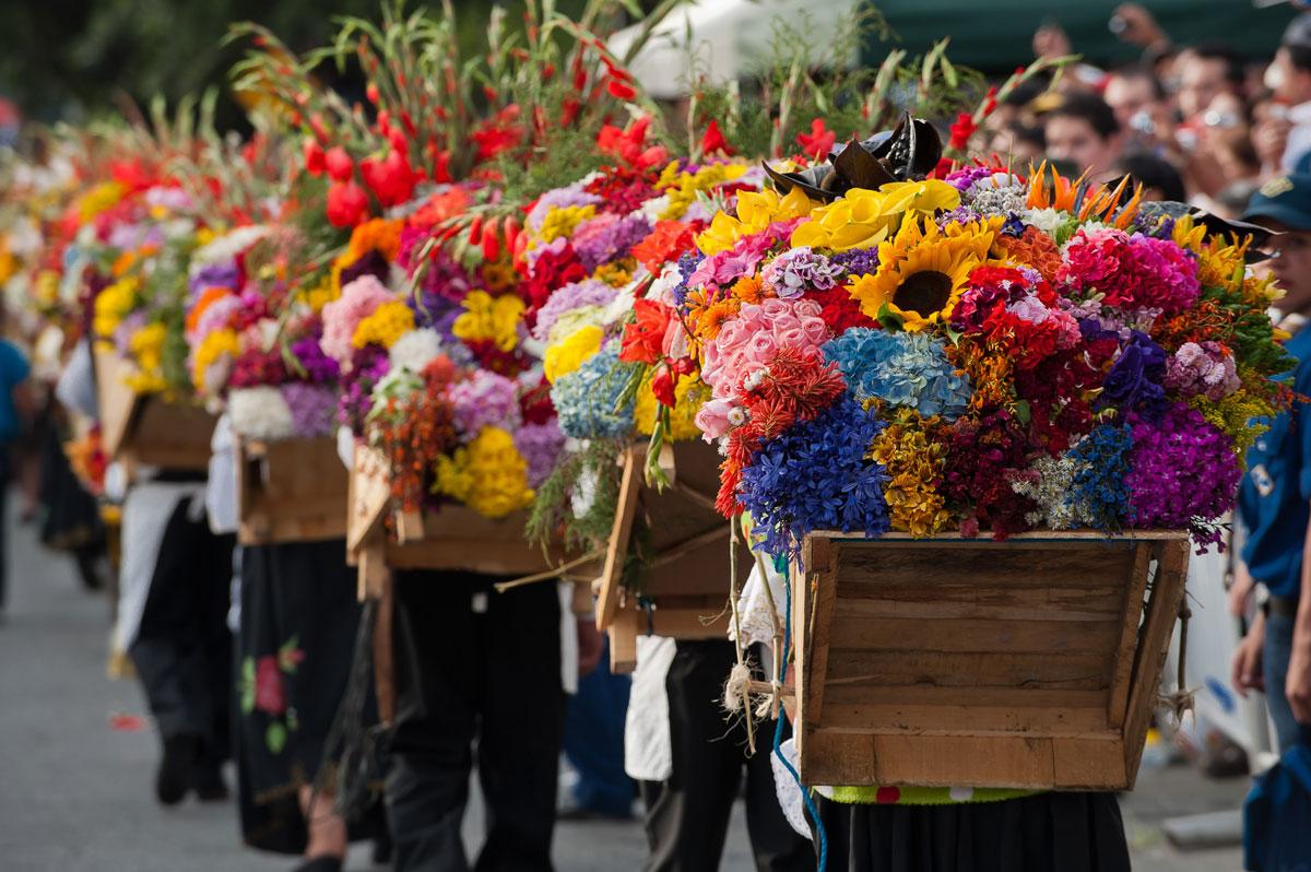 Fiestas Florales Alrededor Del Mundo Interflora