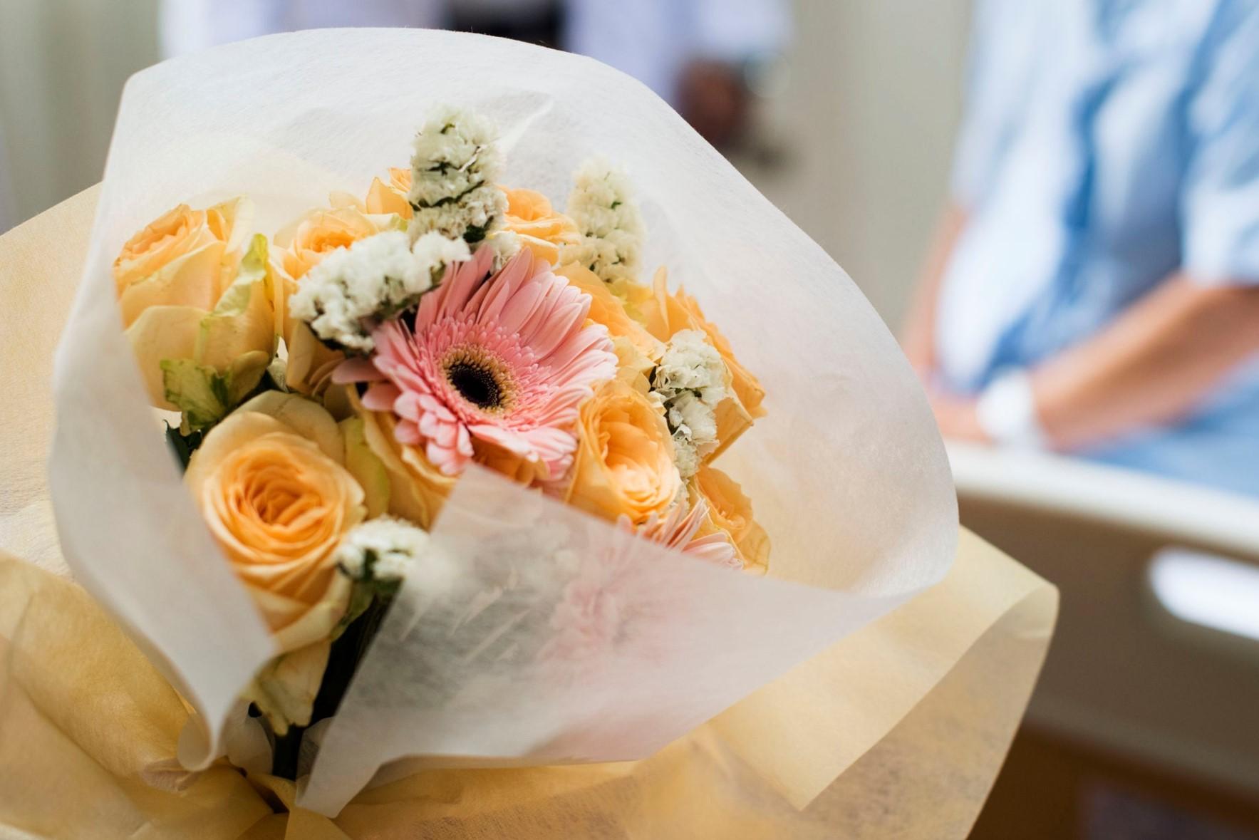 ¿Qué flores elegir para enviar a un hospital?
